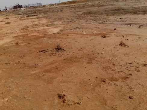 مناطق اطراف گودال های پر از پساب های سمی و آلوده صنعتی در خوزستان