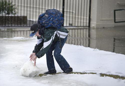 بارش برف بهاری در کالیفرنیا آمریکا