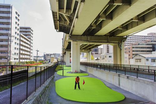 زمین های مینی گلف در شهر توکیو