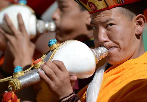 یک مراسم آیینی از سوی راهبان بودایی در لهاسا تبت