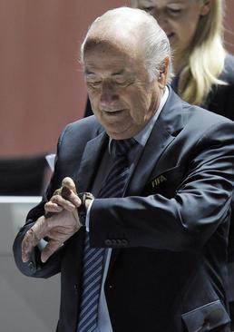 سب بلاتر رییس فیفا در کنگره فیفا در زوریخ سوییس