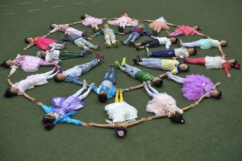 جشن روز کودک در مدرسه ای در چین