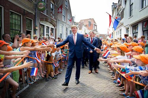 حضور پادشاه هلند در جشن هفتصد و پنجاه سالگی شهر