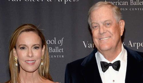 دیوید و جولیا کاش:  دیوید کاش مالک بزرگترین شرکت نفت و گاز در آمریکای شمالی و همسرش جولیا در مرتبه چهارم ثروتمندترین زوج های جهان قررا دارد که ثروتشان 47.5 میلیارد دلار برآورد می شود.