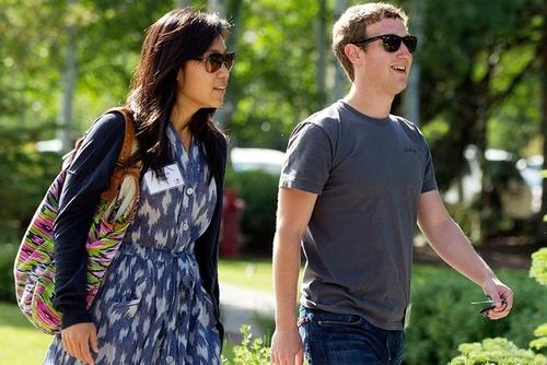 مارک زاکربرگ و پرسیلا چان:  بناینگذار سایت «فیس بوک» مارک زاکربرگ که 31 سال سن دارد و همسرش پرسیلا چان 30 ساله، جوان ترین زوج های ثروتمند جهان هستند که با ثروتی بالغ بر 38.5 میلیارد دلار، در رتبه نهم فهرست قرار دارند.