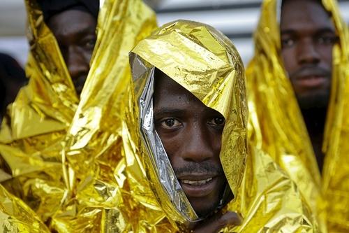 مهاجران و پناهجویان آفریقایی نجات یافته از دریا – ایتالیا