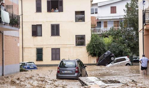 سیل – جنوب ایتالیا