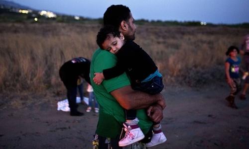 پناهجویان در جزیره ای در یونان