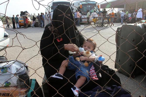مرز رفح . گذرگاه بین مصر و غزه