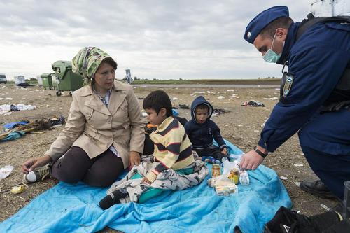 مهاجران آسیایی در منطقه مرز مجارستان