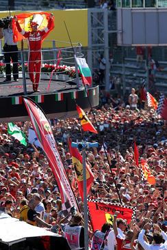 قهرمانی سباستین وتل در مسابقات اتومبیلرانی جایزه بزرگ فرمول یک در شهر مونزا ایتالیا