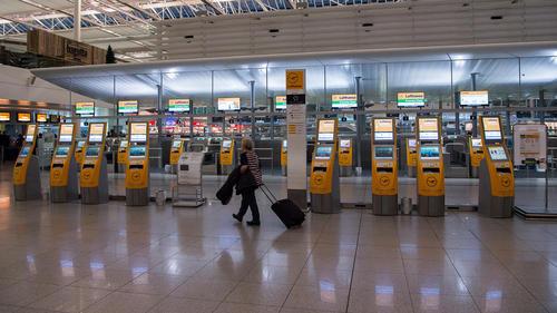 اعتصاب عمومی کارکنان فرودگاه مونیخ در آلمان
