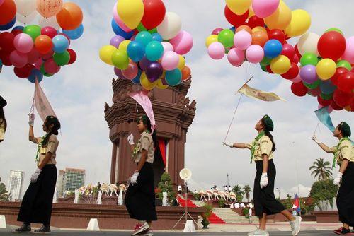 شصت و دومین سالگرد استقلال کامبوج از فرانسه