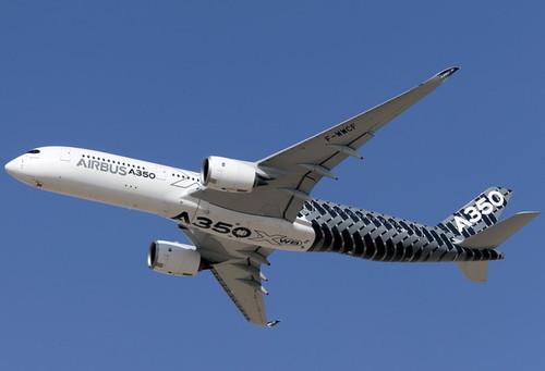 پرواز هواپیمای ایرباس 350