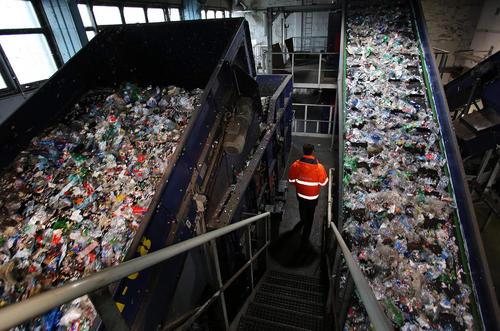 یک کارخانه بازیافت در آلمان