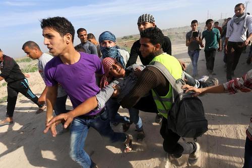 درگیری جوانان فلسطینی با سربازان اسراییل – غزه