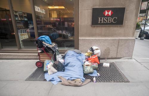 یک بی خانمان در شهر نیویورک