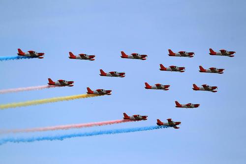 نمایش هوایی در هشتادمین سالگرد تاسیس نیروی هوایی فیلیپین