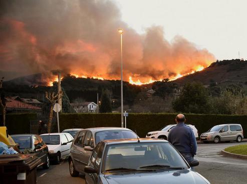 آتش سوزی جنگل در برانگو در شمال اسپانیا