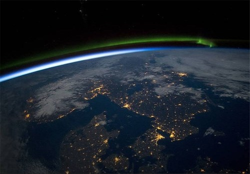 آسمان اسکاندیناوی در شب