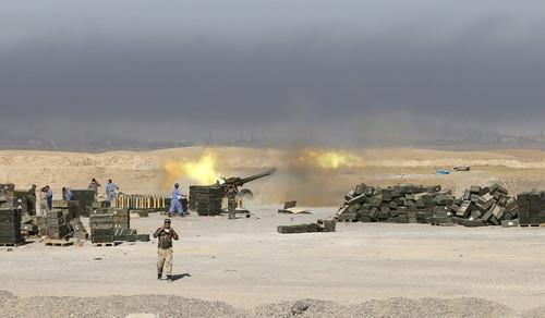 پیشروی نیروهای عراقی در مقابل داعش و پس گرفتن شهر الرمادی.