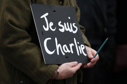 حمله به دفتر مجله شارلی ابدو در پاریس و قتل تعدادی از روزنامه نگاران