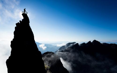 دوچرخه سواری ماجرا جویانه در کوه ها و صخره ها – اسکاتلند