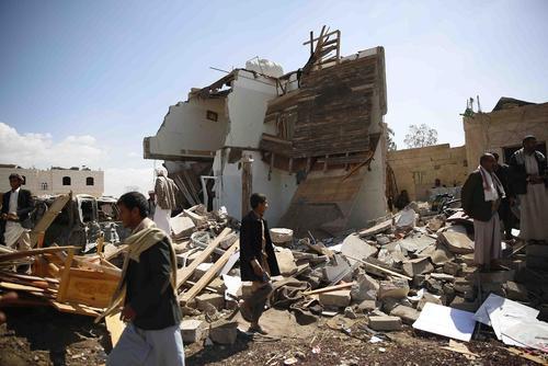 ادامه حملات هوایی عربستان به شهر صنعا – یمن