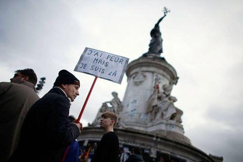 گردهمایی نخستین سالگرد حمله به نشریه شارلی ابدو فرانسه در میدان جمهوری پاریس