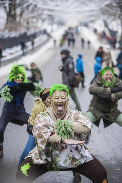 اعتراض فعالان محیط زیست به تخریب جنگل بیالوویسکا – ورشو لهستان