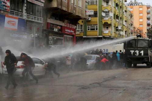 تظاهرات کردها در شهر دیاربکر ترکیه