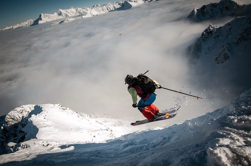 اسکی در کوه مکنزی- بریتیش کلمبیا- کانادا
