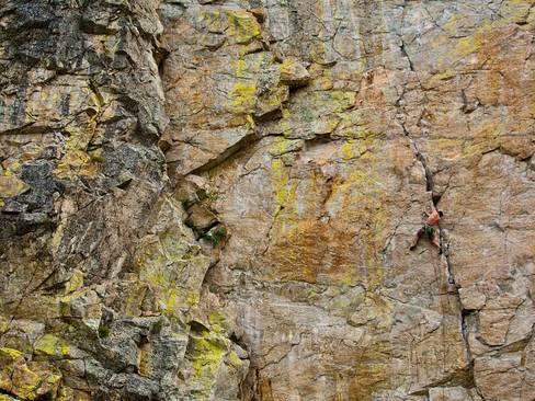 صعود به کوه های بریتیش کلمبیا