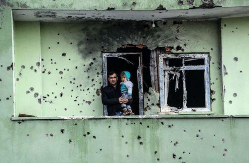 خانه ای آسیب دیده از جنگ داخلی بین نیروهای دولتی و مخالفان کُرد در شهر سیلوپی ترکیه