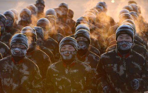 تمرین نیروهای ویژه ارتش چین در سرمای شهر شنیانگ