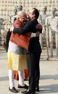 استقبال رسمی نخست وزیر هند از رییس جمهور فرانسه