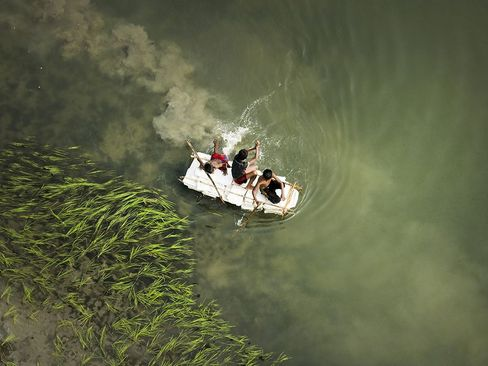 قایقرانی روی رود کالیگانگا – بنگلادش