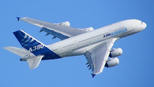 ایرباس A380 بزرگترین هواپیمای مسافربری جهان