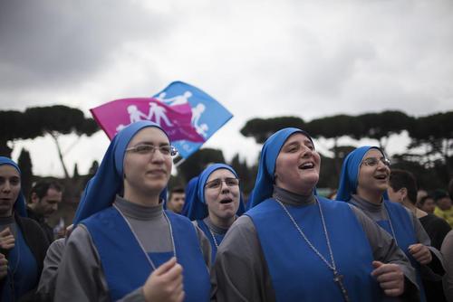 حضور راهبه های کاتولیک در مراسم جشن روز خانواده در شهر رم ایتالیا