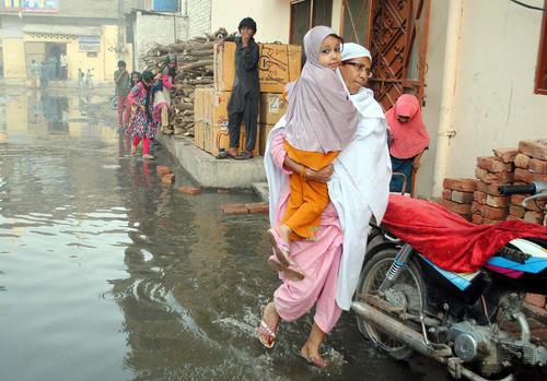سیل در حیدر آباد پاکستان