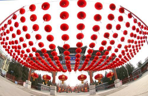 تزیینات خیابانی شهر پکن به مناسبت سال نو چینی
