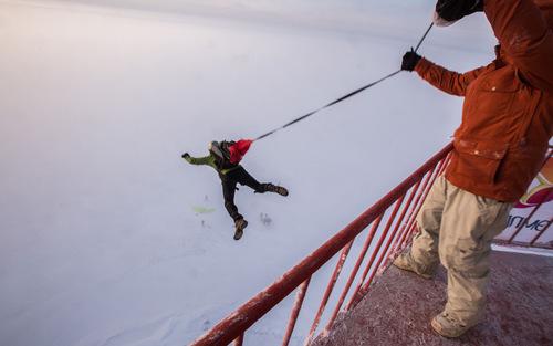 پرش ماجرا جوی روسی از ارتفاع چهل متری – سن پترز بورگ