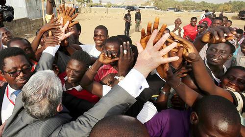 بازدید رییس جمهوری آلمان از اردوگاه آوارگان داخلی در کشور آفریقایی نیجریه