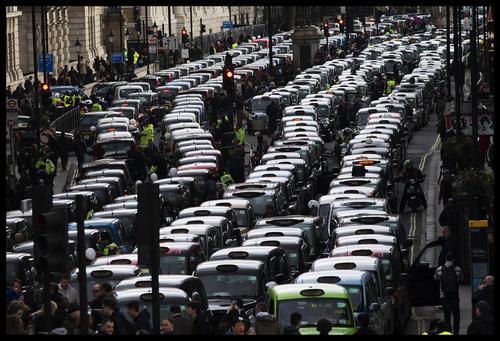 اعتصاب تاکسی ها در لندن