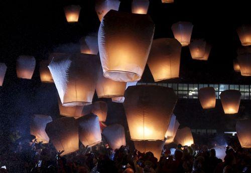 جشنواره فانوس های کاغذی در تایوان