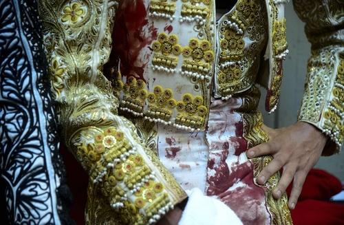 لباس خونین یک گاو باز کلمبیایی
