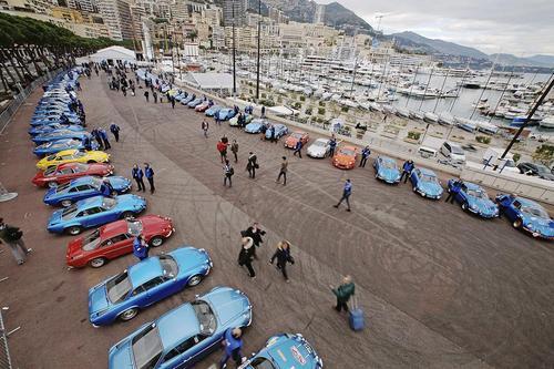 نمایشگاه خودروهای رنو در موناکو