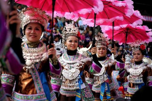 اقلیت قومی میائو در جشن های سال نو چینی – شهر لیوژو