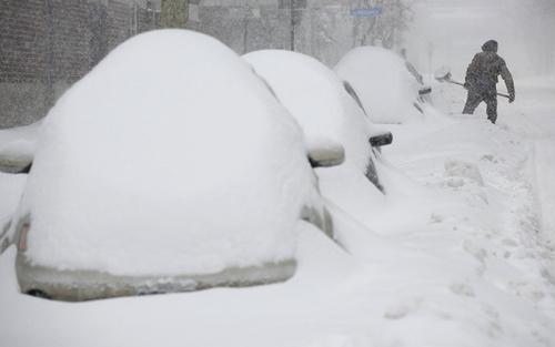 بارش برف در شهر اوتاوا کانادا