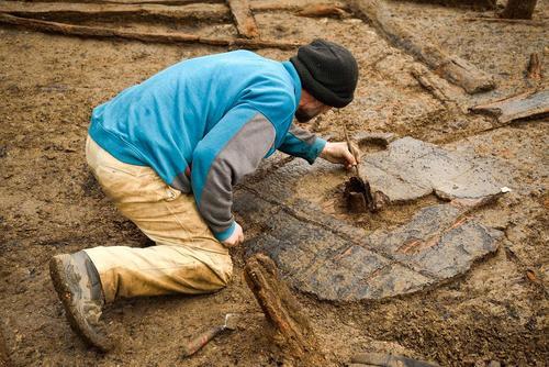کشف یک چرخ سه هزار ساله متعلق به دوره برنز – انگلیس